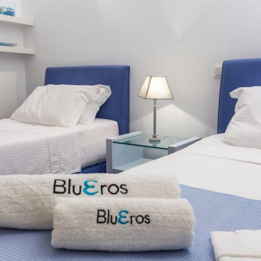 http://www.blueros.com/wp-content/uploads/2016/03/blueros_ground-e_00001-540x540.jpg